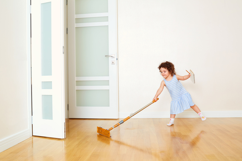 pvc putzen so gelingt das reinigen des synthetischen bodenbelags. Black Bedroom Furniture Sets. Home Design Ideas