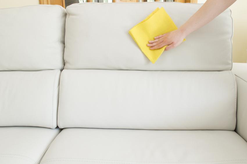 wissenswertes rund reiniger zur pflege von kunstleder. Black Bedroom Furniture Sets. Home Design Ideas